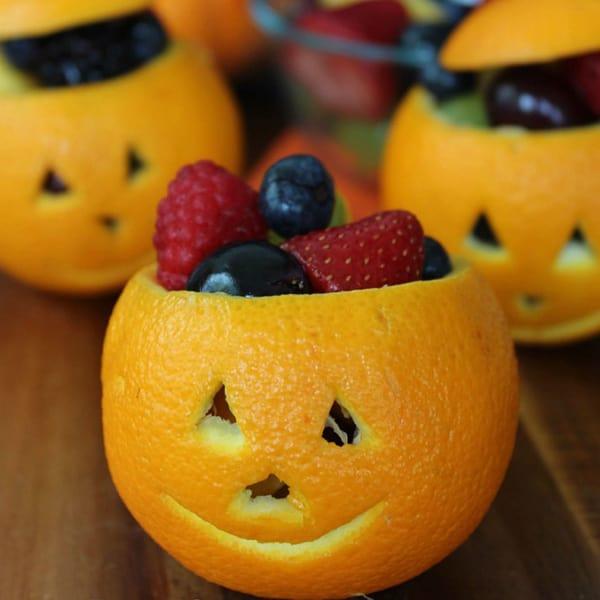 Jack-O-Lantern_fruit_cups_gyawz5